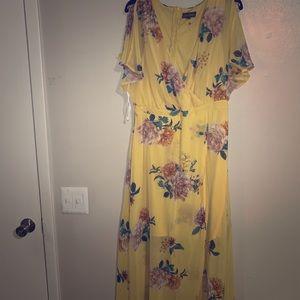 Dresses & Skirts - High low yellow dress